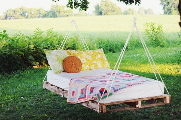 AD-Relaxing-Hanging-Beds-For-Absolute-Enjoyment-09-2
