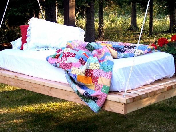 hanging-daybed-diy