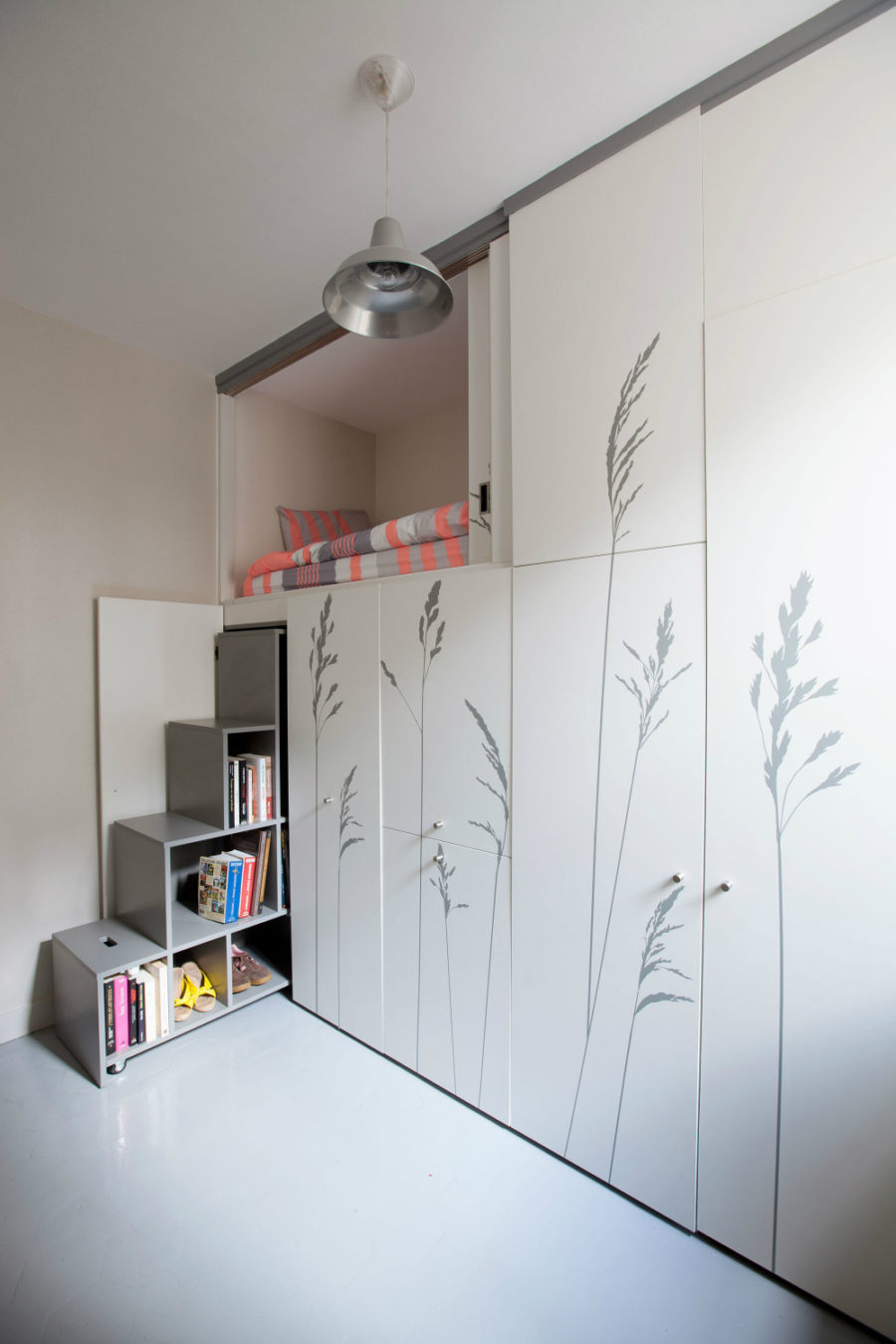 8 square meter apartment in Paris 900x1350 24 Micro Apartments Under 30 Square Meters
